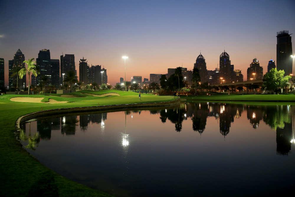 De nuit Emirates Faldo golf à Dubai aux Emirats Arabes Unis