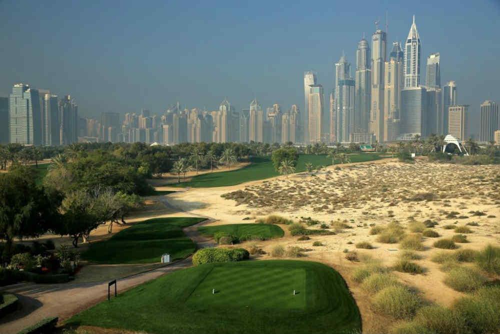 Départ vue sur Dubaï golf d'Emirates Majlis aux Emirats Arabes Unis