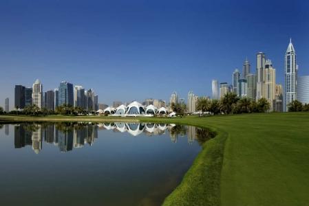Vue sur Dubaï golf d'Emirates Majlis aux Emirats Arabes Unis