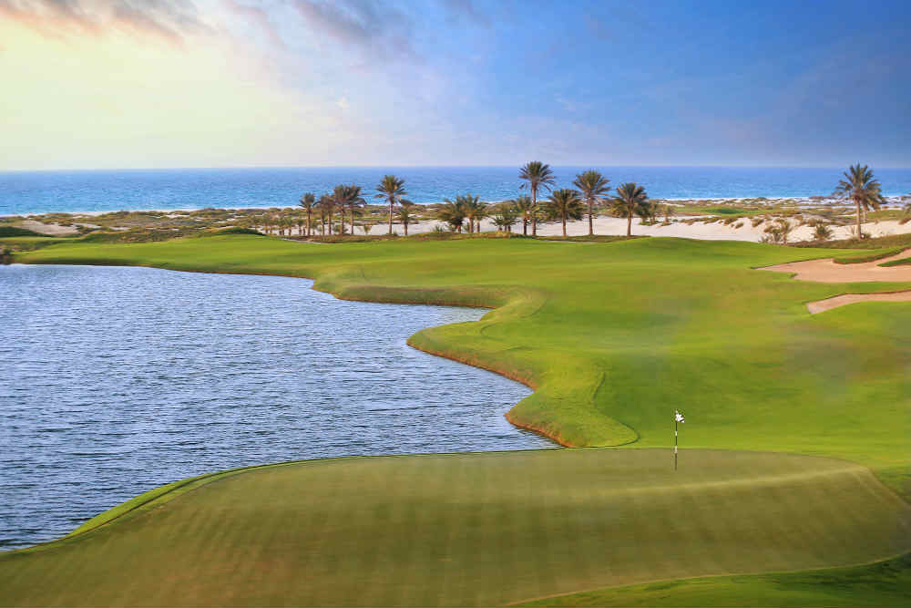 Green et vue sur mer Golf d'Abu Dhabi avec votre pro