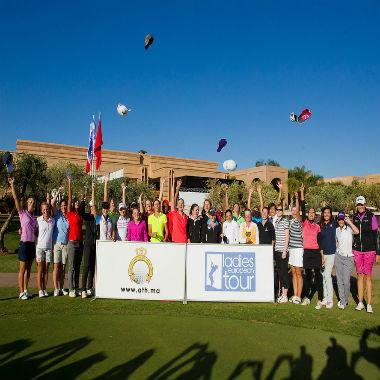 Groupe de golfeurs après une compétition à Samanah au Maroc