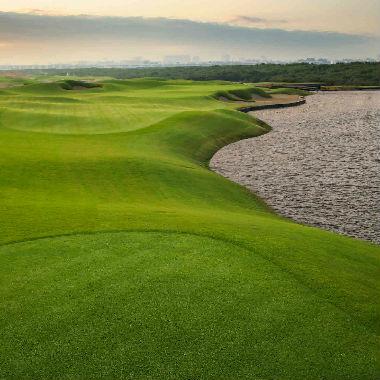 Découvrez les parcours de golf à Dubaï