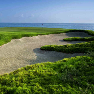 Découvrez les parcours de golf à Muscat